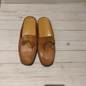 🌺🌸 Genuine leather shoes by Cole Haan🌺🌸🍀🌺